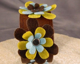 Brown, Blue and Yellow Green Flower Leather Bracelet