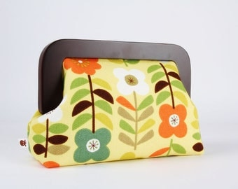 Wooden frame clutch bag - Retro flowers on yellow - Trip purse / Japanese fabric / green orange brown / mid century