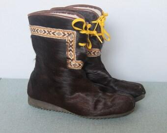 northern wind -- vintage 70s fur mukluk eskimo fur boots size 8