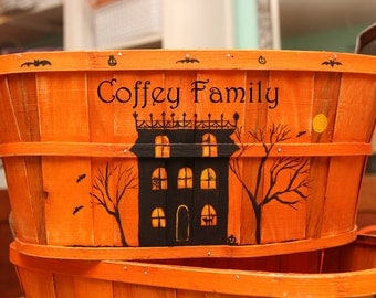 Family Trick or Treat/candy Halloween Family basket Personalized 14 inch oval