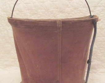 Vintage Collapsible Water Pale Great marking on base of Canvas SALE