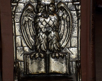 1918 Art Nouveau wise old OWL talons holding book BOOKEND antique silver on cast iron design pat 1155