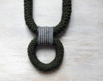 Statement necklace - Wool necklace - Big necklace - Chunky necklace - Fiber jewelry - gift for her - Sage green.