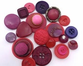 Vintage and Retro Button 'Berrylicious' collection - Reds, Pinks, Purples and Plums...