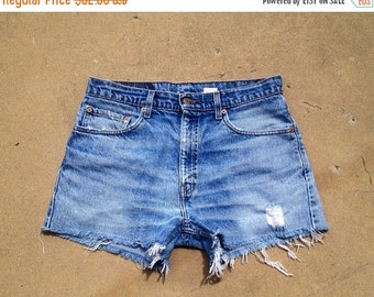 35% OFF SUMMER SALE The Vintage Levi 505 Boyfriend Shorts
