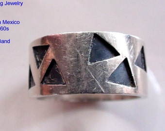Vintage Wide 8mm Ring Geometrical Sterling Silver Wedding Band UnSigned Tested for 925 Positive Size 7  On SaLe Now