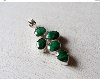 35% OFF Emerald Silver Plated Pendant