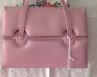 Vintage lavender leather handbag