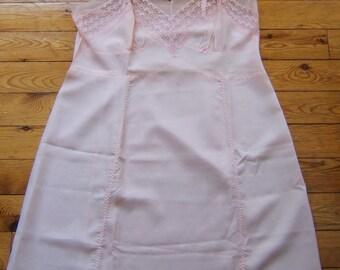 Lovely Vintage Lacy Pink Full Slip Size 40 Nylon