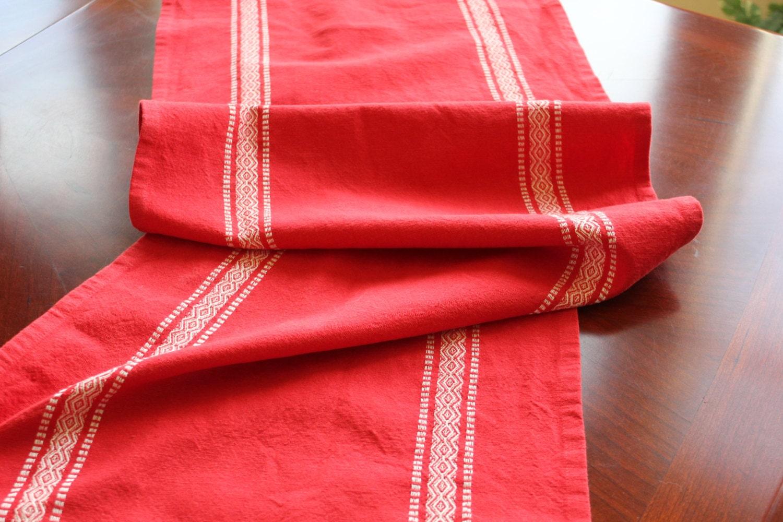 table runner scandinavian red striped. Black Bedroom Furniture Sets. Home Design Ideas