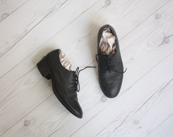 vintage black oxfords / size 7