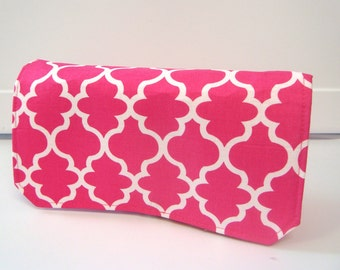 Coupon Organizer Cash Budget Organizer Holder- Attaches to your Shopping Cart  - Quatrefoil Hot Pink
