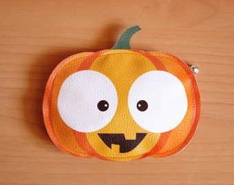 Traki The Pumpkin -Purse- Trick or Treat