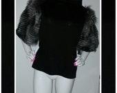 Black cotton tee w/ faux fur sleeves