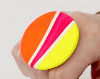 Statement Ceramic Ring -  Big ring, Bold ring, Neon ring, Fall fashion, Cocktail Ring - Studioleanne - 2 inch