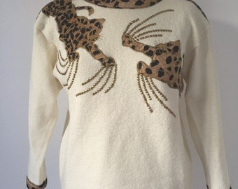 French vintage 1980s kitsch cream leopard sweater - small medium S M