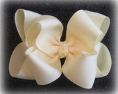 Ivory Hair Bows, Cream Hairbow, Off white 4 inch bows, Wedding Hairbow, Big Bows, large Hairbow, Baby Ivory Headband, Girls Clips,