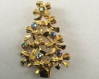 Vintage Avon AB Aurora Borealis Rhinestone Christmas Tree Pin