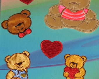 CLEARANCE * set of 6 Teddy bears & hearts * embroidered motif * new in package