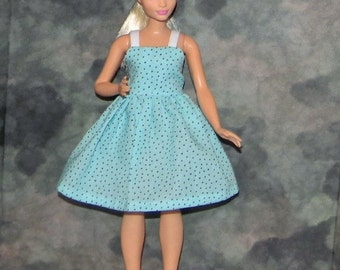 CB1-01)  the NEW Curvy Barbie doll clothes, 1 pretty dress