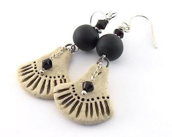 Black and Cream Rustic Ceramic Earrings - Ceramic Earrings - Wire Earrings - Boho Earrings - Artisan Earrings - Black Cream Earrings - AE176