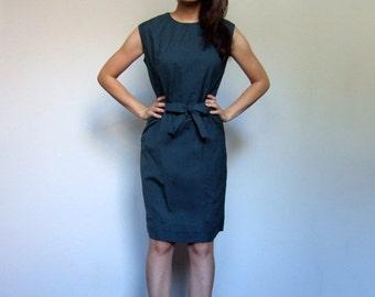 60s Dress Dark Green Vintage 1960s Sleeveless Bow Waist Simple Day Dress - Small to Medium S M