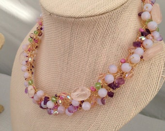Crystal and mix of gem and glass beaded necklace