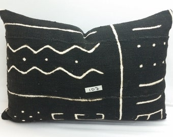 102 African mudcloth bogolanfini accent pillows, 16 x 10 inches, mud cloth