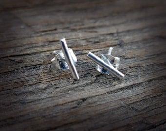Sterling Petite Bar Earring
