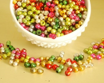 Vintage 1950s mercury glass garland beads, 6-ounce bag of loose beads, silver, gold, red, green and fuchsia pink, Christmas holiday decor