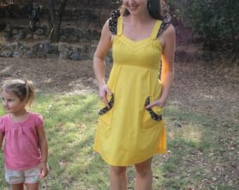 COUNTRY SUNSHINE - 1970s Yellow Dress Calico Ruffle Pinafore Prairie Hippie Cowgirl Bohemian Boho Small