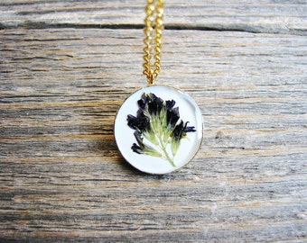 Red Clover Necklace, Pressed Flower Necklace,  Botanical Bridal Jewelry, Naturalist, Prairie Plant, Nature Inspired Resin Jewelry