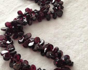 Garnet Beaded Necklace Deep Red/Purple Tear Drop Beads