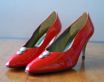 Vintage Womens Shoes - Red Patent Leather Pumps - Silver Metallic Heels and Buttons - Evan Picone - size 8 - made in Spain