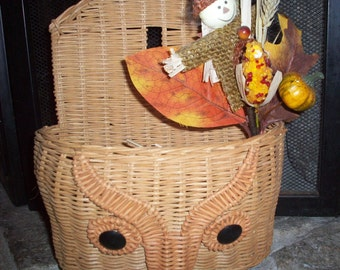 Vintage 70s-80s Owl Wall Pocket. Hanging Wicker Basket with Owl Face.