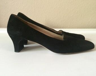 Vintage Shoes Women's 80's Ferragamo, Suede, Black, Heels (Size 7 1/2)