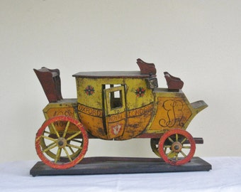 Vintage Wood Replica of Oxford Royal London Stagecoach, Model of Royal Mail Coach for United Kingdom