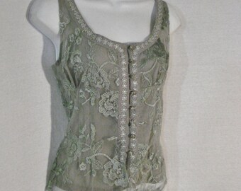 Embroidered Gray & Green Floral Shell Top Blouse Sylvie Mado Vintage Chic ML