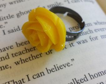 Resin Ring, Yellow Rose on Gunmetal Adjustable Ring Base
