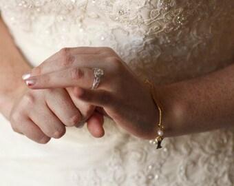 Bridal Bird Bracelet Nature Jewelry Freshwater Pearl Bracelet Wedding Day Woodland Autumn Bride