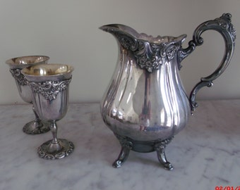 Estate Vintage Elegant Wallace Baroque Silver Plate Water Pitcher