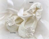 Ballet Flats, Ivory, Lace Flats, Elegant, Vintage Wedding, Bridal Shoes, Flower Girl, Wedding Flats, Ballerina Slippers, Wedding Reception