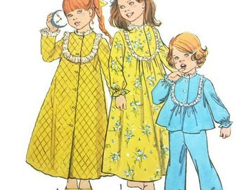 Vintage 1970s Girls Robe Nightgown Pattern Pajamas Button Front Robe1974 Simplicity 6687 Size 3 or 5