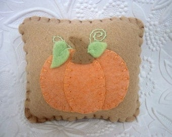 Felt Pumpkin Pincushion Wool Primitive Applique Felted Penny Rug