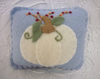 Felt Pumpkin Pincushion Wool Primitive Berries Felted Penny Rug
