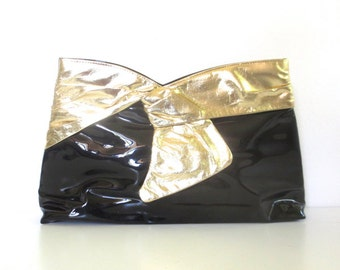 Vintage Black Patent and Gold Bow Clutch/Purse