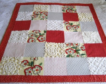 Ready to ship!  Stunning Vintage Chenille Christmas Quilt for Baby / Toddler, Sofa Throw, Cuddle Up!