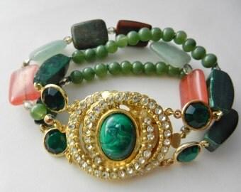 Amazing Natural stones & Bohemian crystal 3 strand bracelet  - statements Clasp with chatons - 1970s vintage  Bracelet  - Art.998/3 -