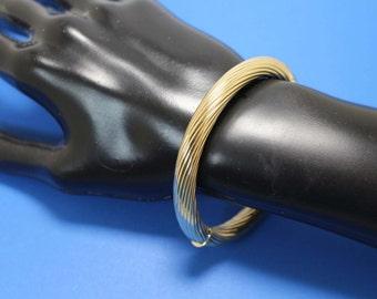 14K Gold Bangle Bracelet Expandable