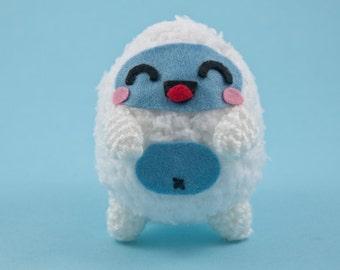 Yeti super fluffy and soft monster plushie crochet amigurumi